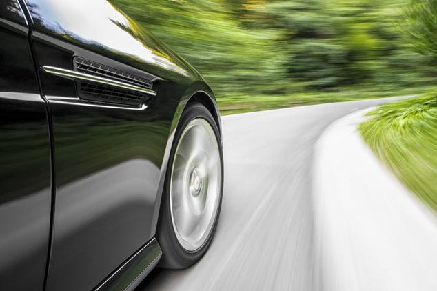 Conducir velocidad elevada