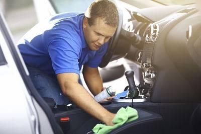 Reparar la tapicería del coche