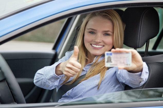El precio del carnet de conducir en España