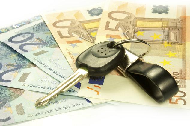 Dinero y llaves