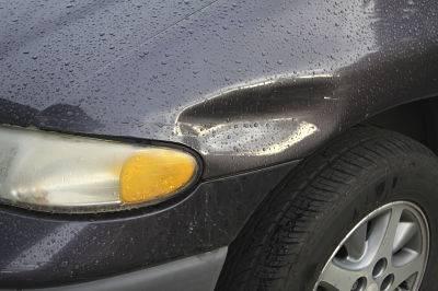 Reparar abolladuras en el coche